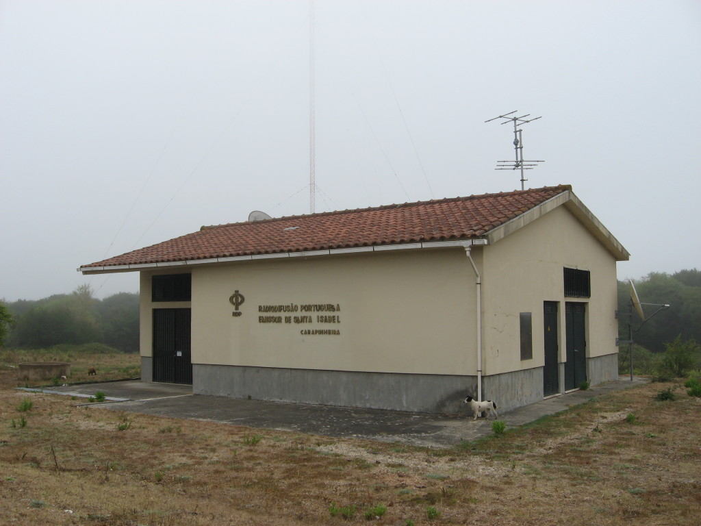 RDP Santa Isabel transmitting station in Central Portugal, because of the foggy weather only a parit of MW mast can be seen