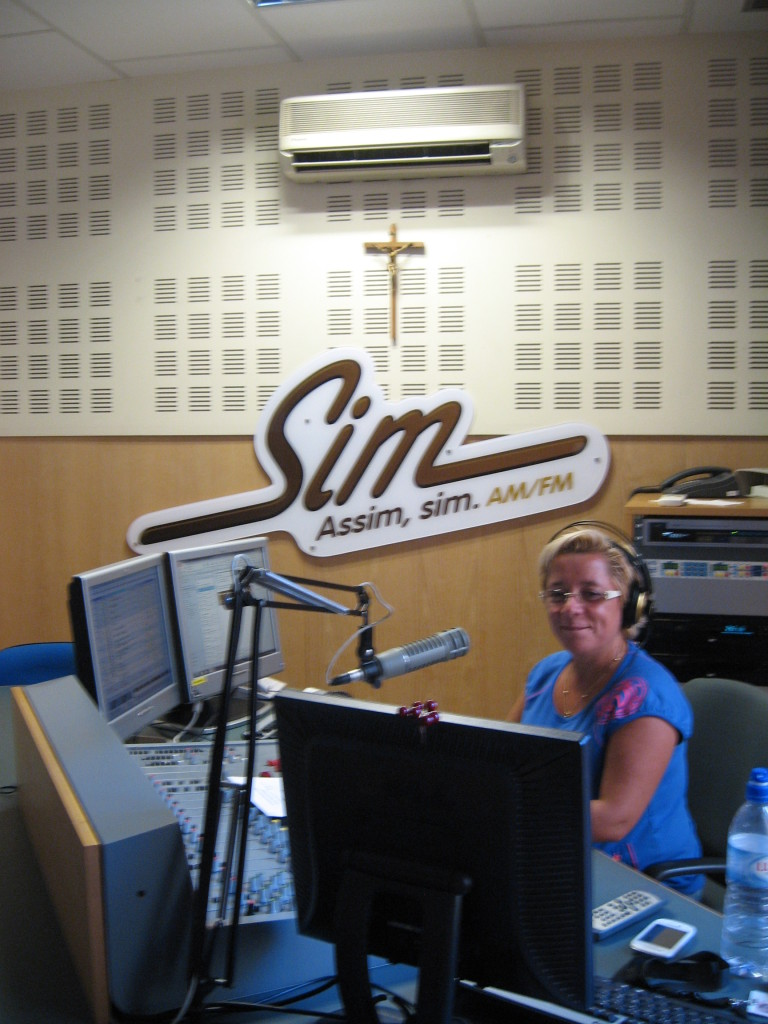 Radio Sim studio, can be heard also on MW