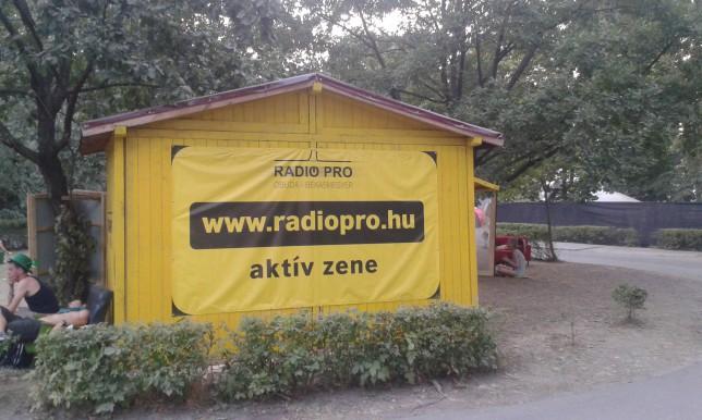 Bonus: Hungarian webradio Radio Pro had huge advertisement in Sziget festival.
